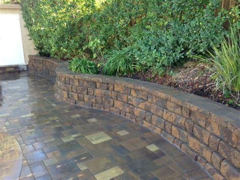 Interlocking Garden Wall Blocks Retaining Wall Interlocking Blocks Belgard Highland