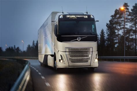 volvo concept truck  hybrid power  cut fuel  emissions