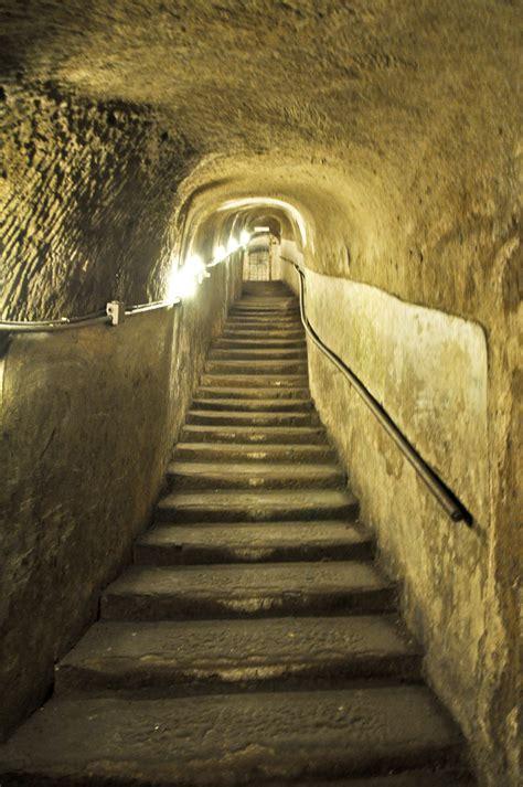 napoli sotterranea ingressi visitare napoli sotterranea viaggia in cania