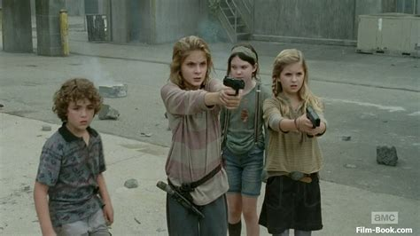 brighton sharbino logan molly s 233 rie de tv the walking dead brasil