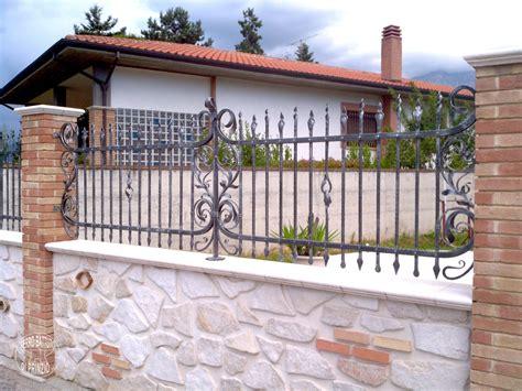 in ferro recinzioni in ferro battuto recinti lavorati in ferro