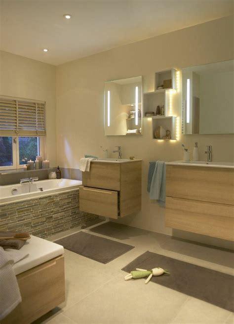 beleuchtete badewanne badspiegel mit beleuchtung praktisch und