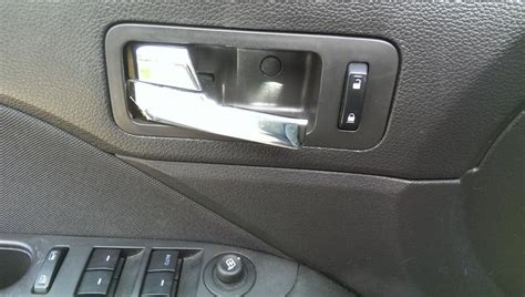 Ford Fusion Interior Door Handle 2010 Ford Fusion Interior Door Handle 14 Complaints