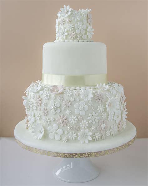 Cakes Of Wedding by 12 Creative Wedding Cake Ideas Metro Weddings India