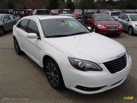 chrysler 200 s 2013 bright white 2013 chrysler 200 s sedan exterior photo