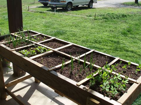 square foot gardening containers edition