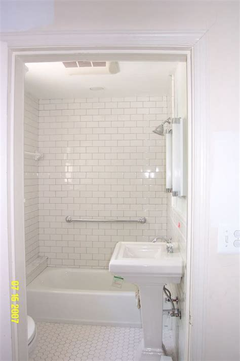 vintage subway tile bathroom 134 best tile images on pinterest bathroom bathrooms