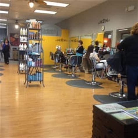 interlocking hair salon in st louis abra ca dabra salon hair salons 5412 southfield ctr