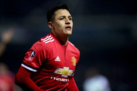 alexis sanchez to spurs spurs vs man utd team news alexis sanchez starts