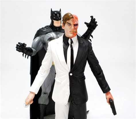 Two Greg Capullo Dc Collectibles review review dc collectibles greg capullo designer