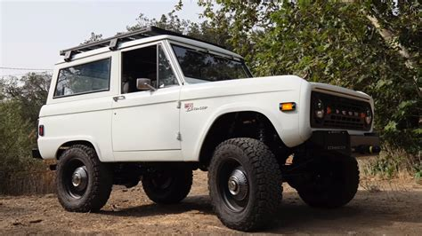 icon bronco icon 1977 bronco with a coyote v8 engineswapdepot com