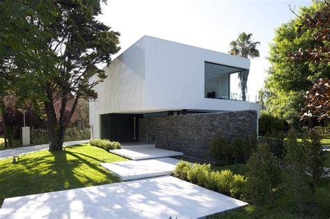 modern garden entrance httplometscom