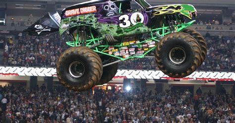 monster truck jam phoenix hotwheels monster jam yang semakin populer jdlines com