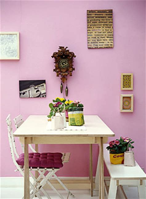 Mauve Kitchen Walls by Mauve Wall With Kitchen Table Interiors