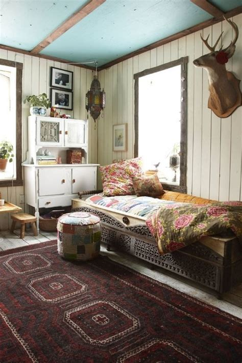 20 Amusing Bohemian Bedroom Ideas Bohemian Style Bedroom Decor