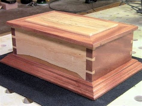woodworking making  hand cut dovetail box youtube