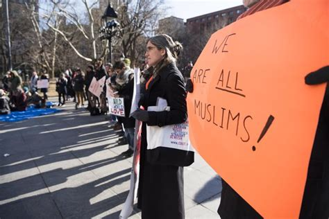 ring of anti ban protesters protect praying muslims in nyc about islam