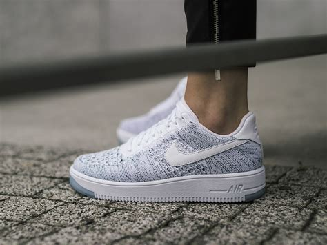 damen schuhe sneakers nike air force  flyknit    preis  shop sneakerstudiode