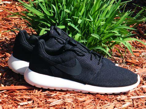 Harga Nike Roshe Run Indonesia harga nike roshe run svart shoesclearance