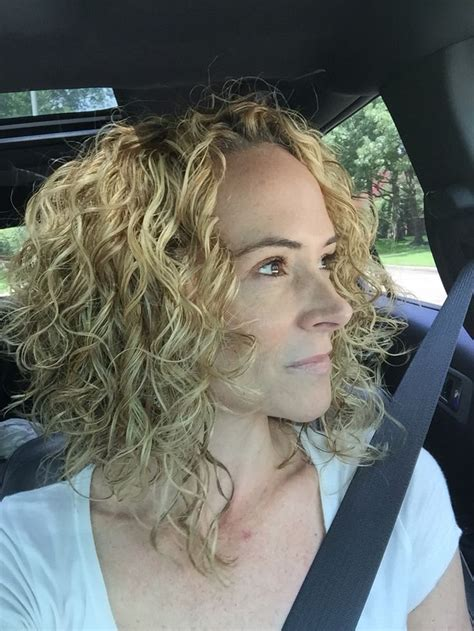 best curling wand for textured bob layered angled bob pinteres