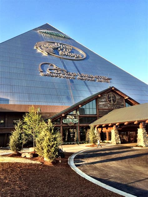 bass pro boats okc bass pro shop memphis tn pictures to pin on pinterest