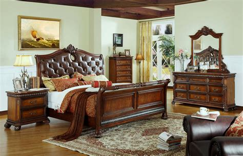 Traditional Bedroom Chairs by Warm Brown Traditional Bedroom Mf 20 Classic Bedroom