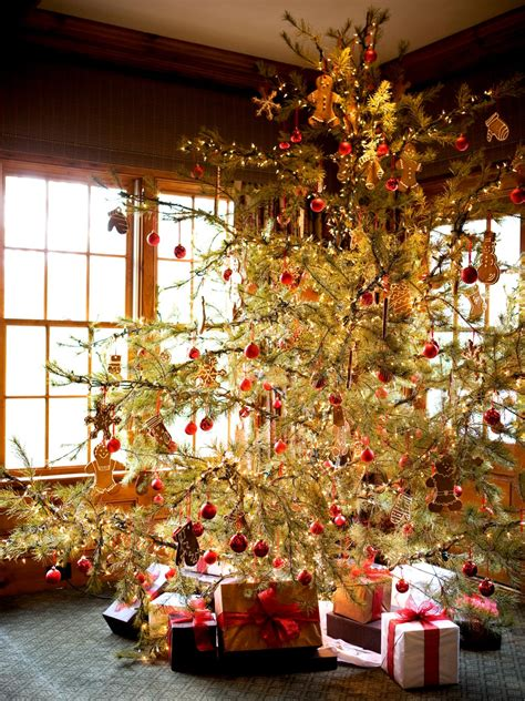 rustic yet elegant mountain inspired christmas decorating