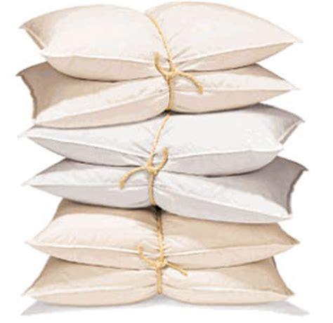 dormire con due cuscini i cuscini scadono dopo 2 anni guida alla scelta dei