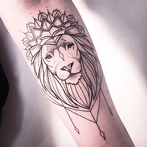15 meaningful lion tattoo designs for men and women