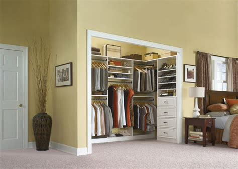 Closet In Bedroom by 17 Best Ideas About Reach In Closet On Closet Ideas Master Closet Layout And
