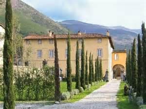 House For Rent In London 2 Bedroom Italian Villa On Pinterest Villas Lake Como And Sophia