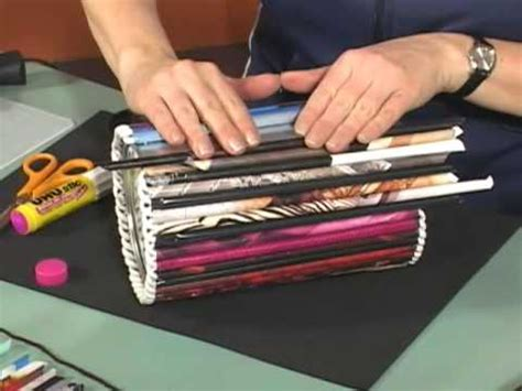 Magazine Paper Craft - magazine roll up crafts