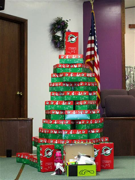 christmas tree made from operation christmas tree shoe box