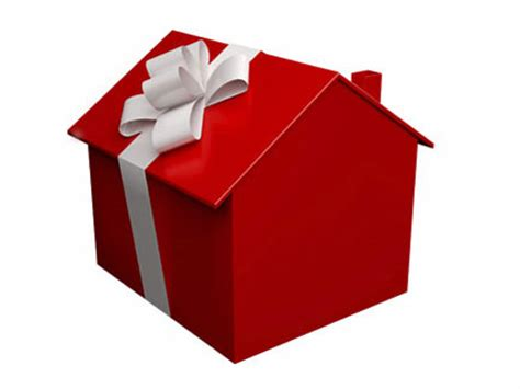 house gifts advantages of buying a home during the holidays