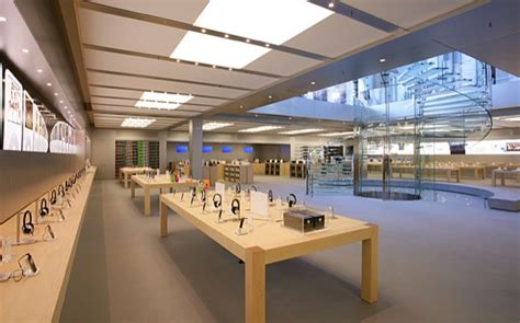 design apple store using white space or negative space in your designs