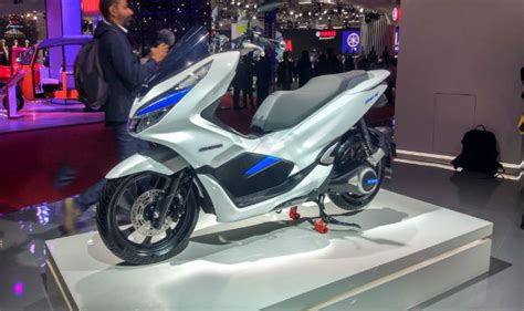 Pcx 2018 Electric by Honda Pcx Electric Concept Showcased In India At Auto Expo