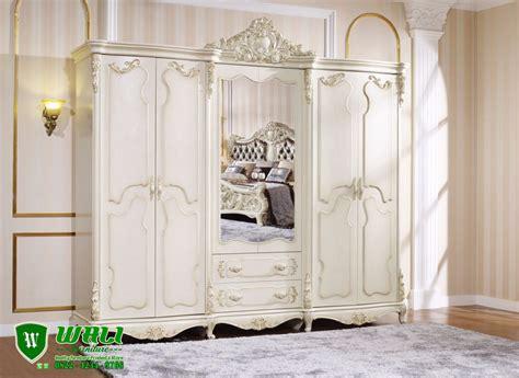 Lemari Pakaian Warna Ungu lemari pakaian 6 pintu warna putih duco mebel jepara