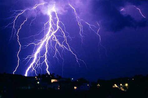 imagenes sorprendentes de tormentas tormentas el 233 ctricas e intensas lluvias marcan 250 ltimas