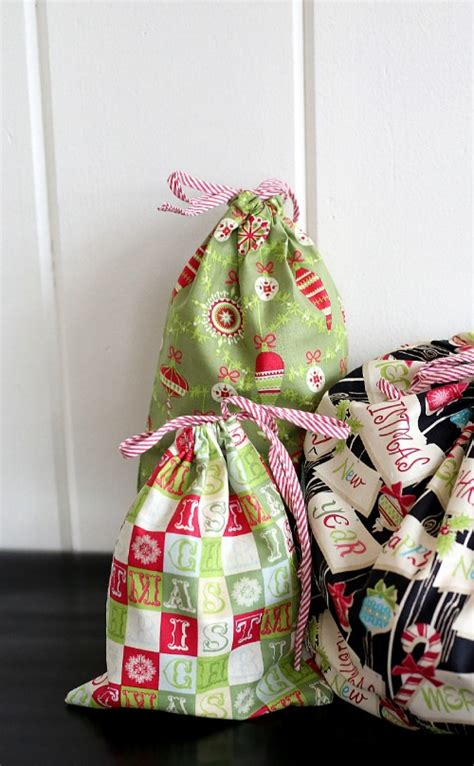 Handmade Fabric Gifts - reusable fabric gift bags from the cottage skip to