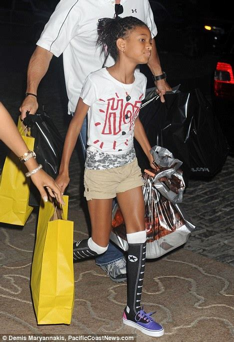 Willow Smith Wardrobe - willow smith in pursuit of more kooky clothes on new