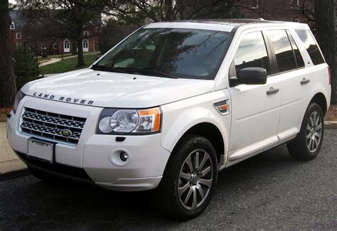 white land rover lr2 file land rover lr2 jpg wikimedia commons