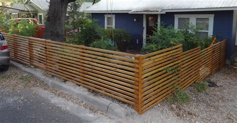 inexpensive alternative design for craftsman style privacy fence craftsman privacy horizontal craftsman style fence search fences front yards