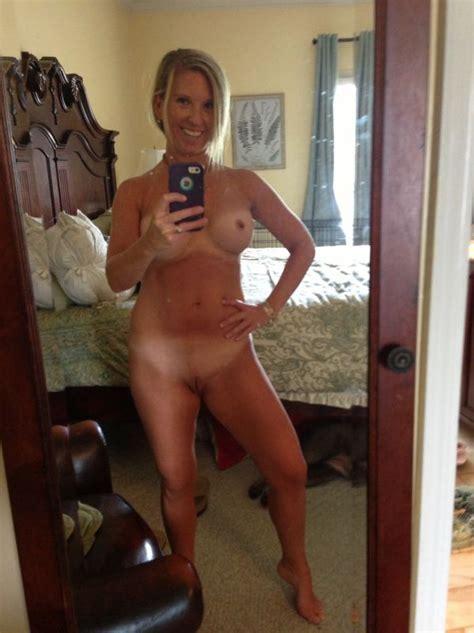 Older Naked Women Selfies