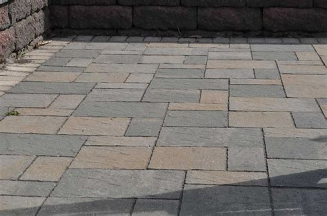 Paver Patio Calculator Pro Tips For A Professional Paver Patio Installation Inch Calculator