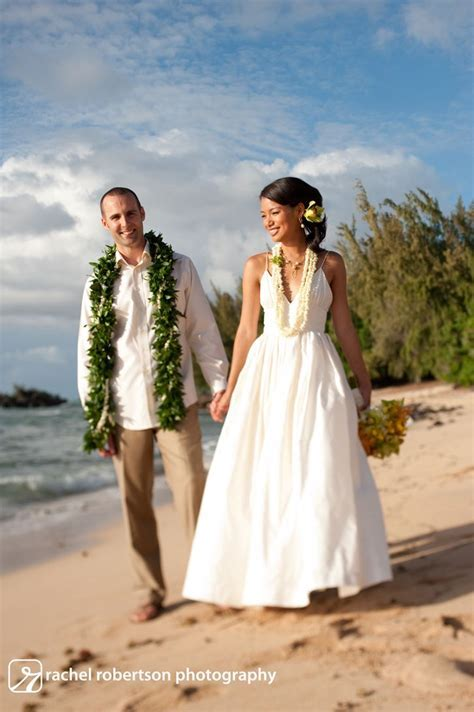 17 best images about Hawaiian Wedding Leis on Pinterest
