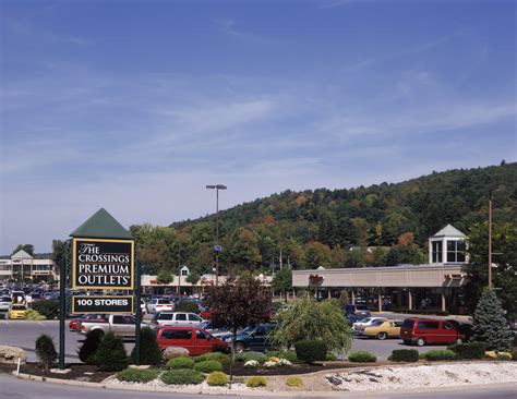 Yankee Candle Outlet Grove City Pa by The Crossings Premium Outlets Outlet Mall In