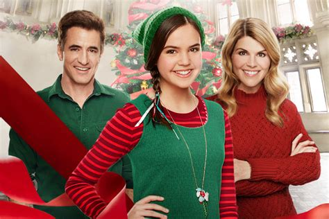 lori loughlin new christmas movies hallmark channel announces 2016 christmas movie schedule