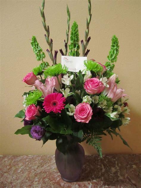 mixed spring flower arrangement in vase achica 9987 best 꽃 images on pinterest