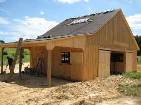 Barn Plans With Living Space by Barn Designs With Living Quarters Horse Barns Pinterest