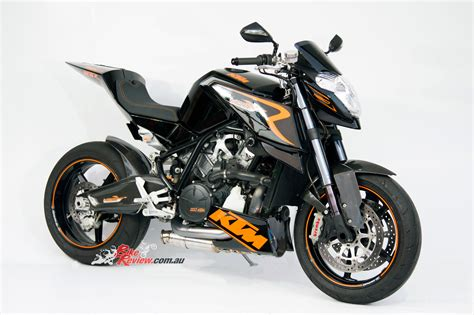 Ktm R8 Ktm Rc8 Streetfighter Bike Review